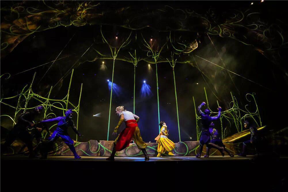 奇幻舞台的塑造