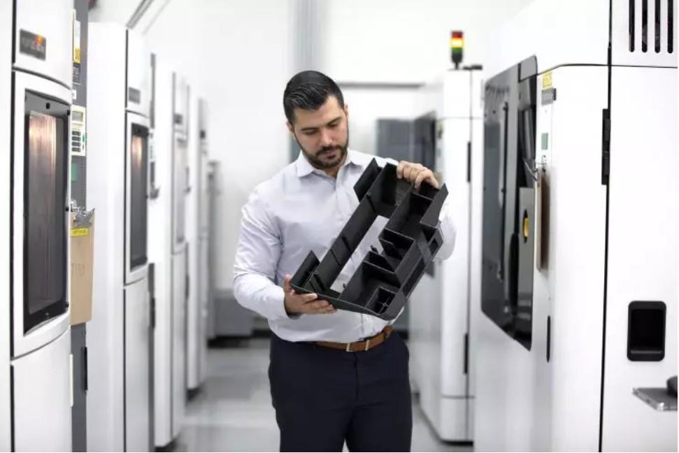 关于 Stratasys Direct Manufacturing 的4件事