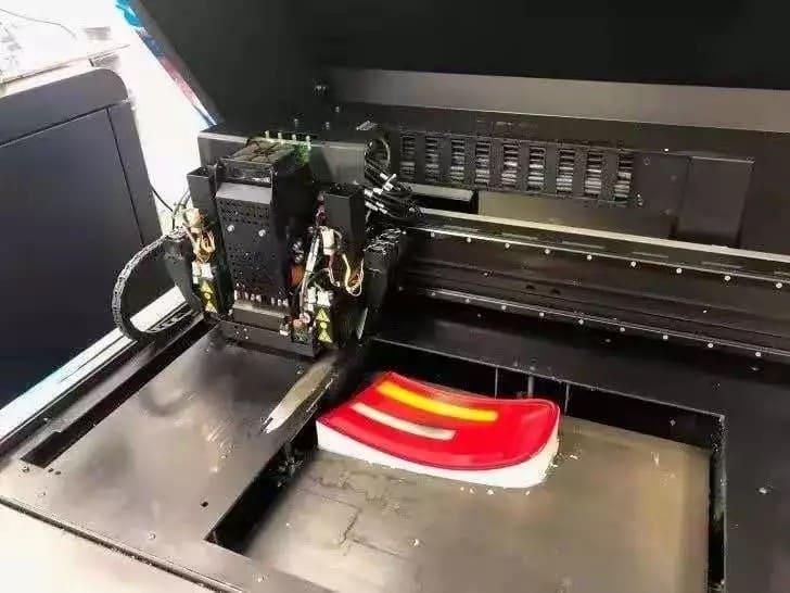 stratasys j750 3D打印机打印的汽车尾灯